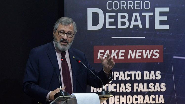 Torquato Jardim defende meio que evite danos às vítimas de fake news