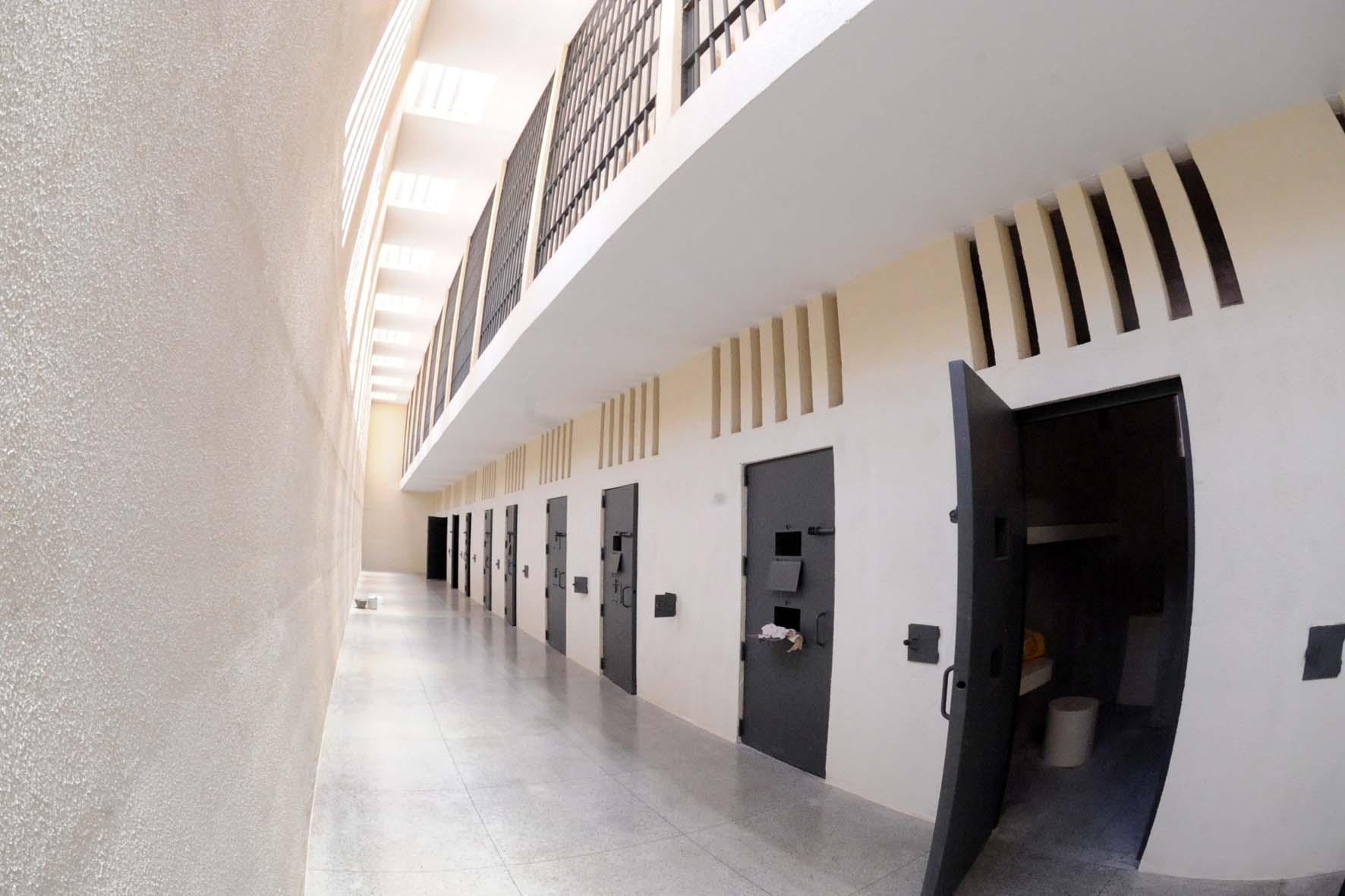 Resultado de imagem para penitenciaria federal de brasilia