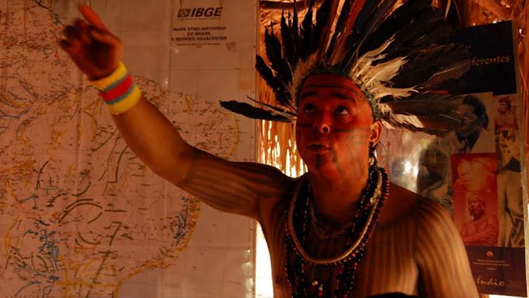 Estudantes indígenas ganham as universidades
