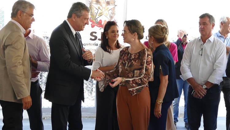 d550f58888 Presídio feminino catarinense oferece emprego formal para 100 ...